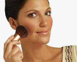 Декоративный макияж для брюнеток