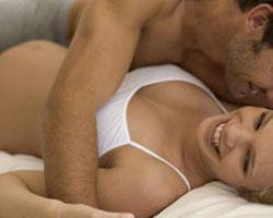 grudastie-aziatki-erotika-oboi