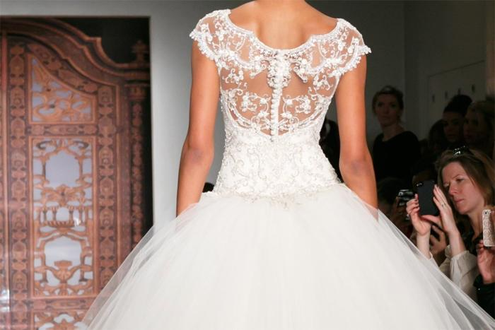 Свадебные платья Reem Acra