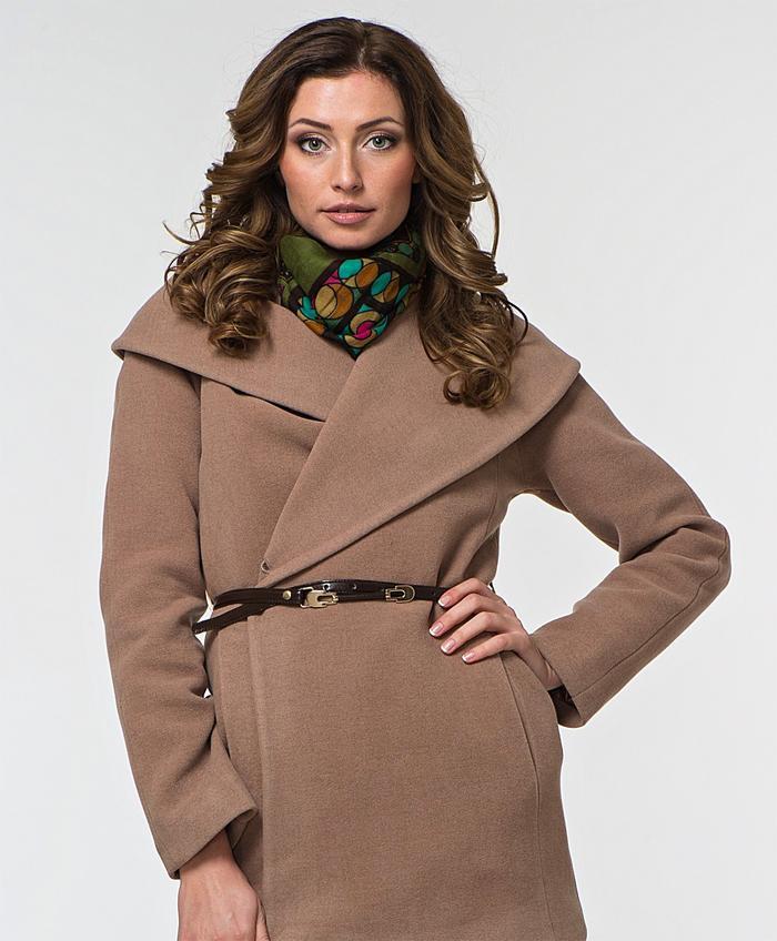 Пальто с воротником апаш