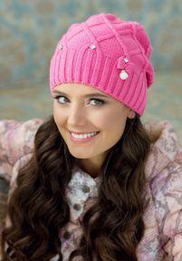 Красота и тепло: модные шапки сезона 2016