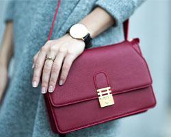 Маленькие сумочки снова входят в моду
