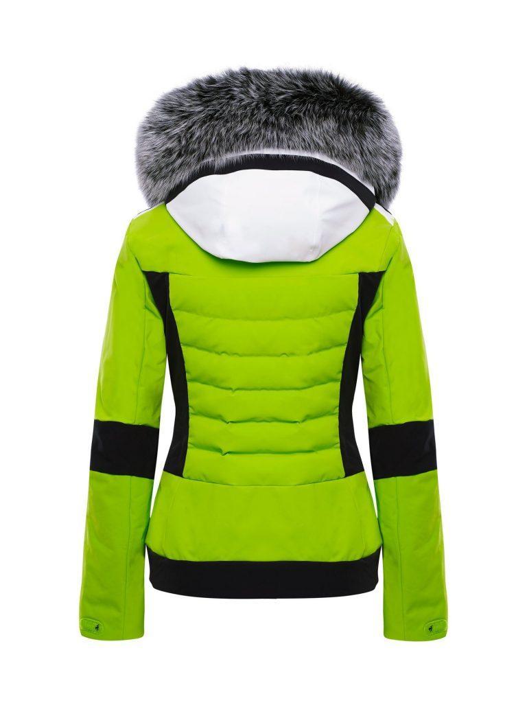 Как выбрать одежду для активного отдыха зимой?